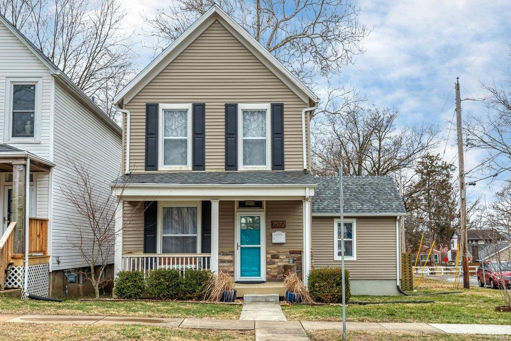 7572 Comfort Avenue Property Photo - Maplewood, MO real estate listing