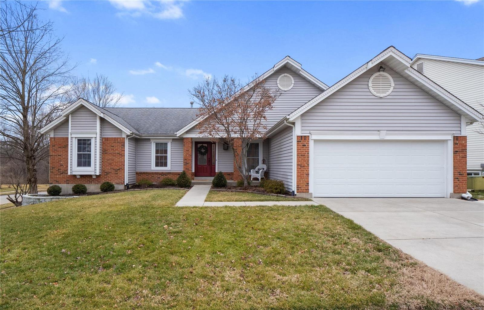 1821 Greenbough Court Property Photo - St Louis, MO real estate listing