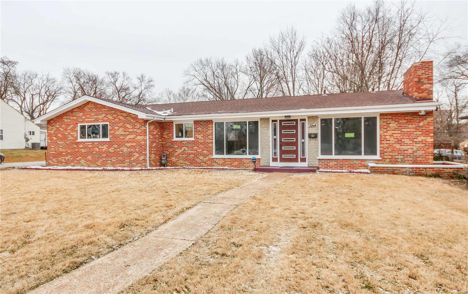 6064 W Cabanne Place Property Photo - St Louis, MO real estate listing