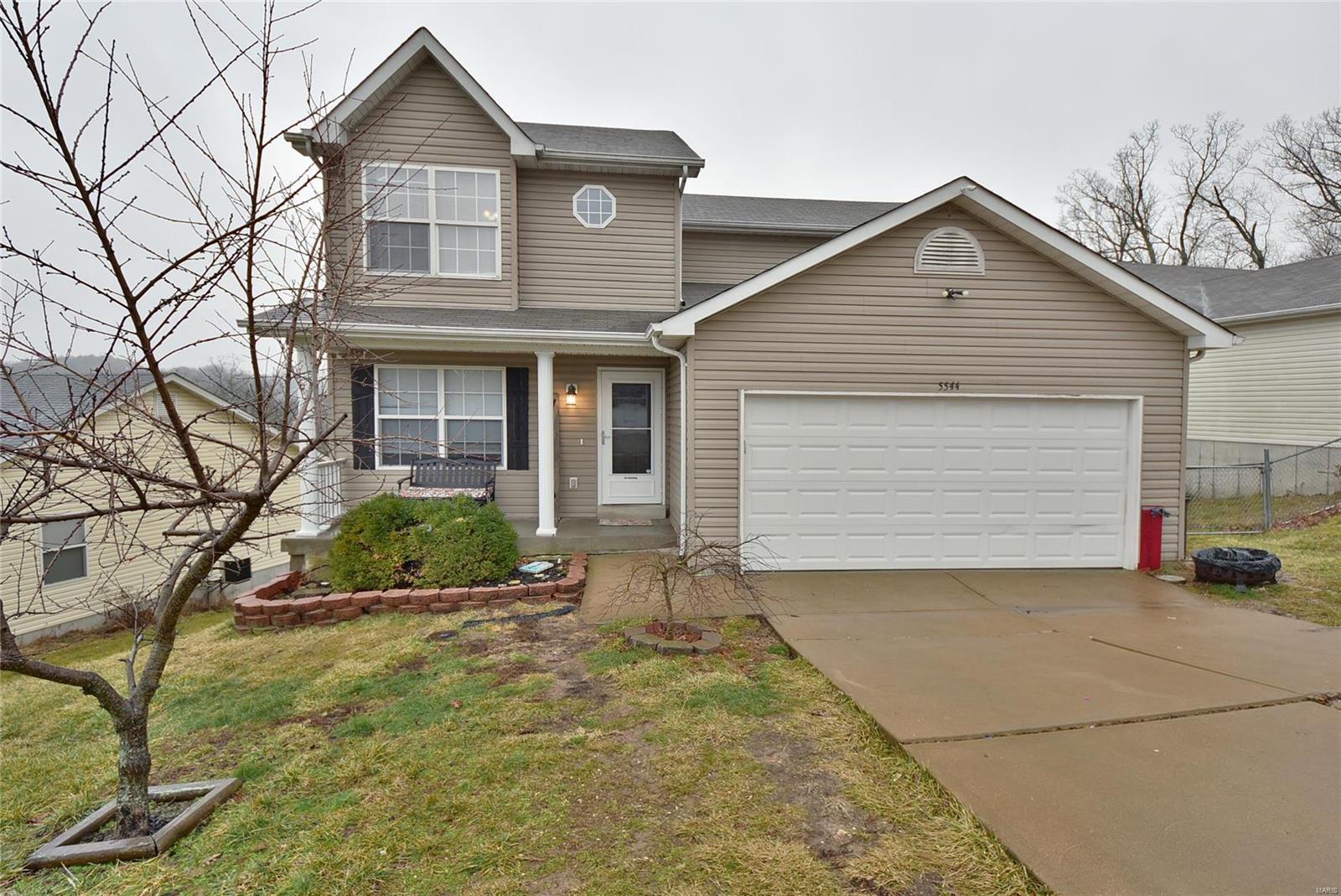 5544 Wagon Train Drive Property Photo - House Springs, MO real estate listing
