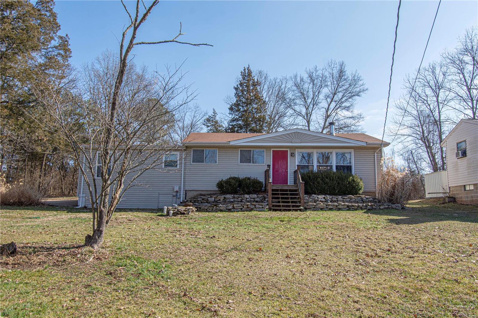 6143 N Lakeshore Property Photo