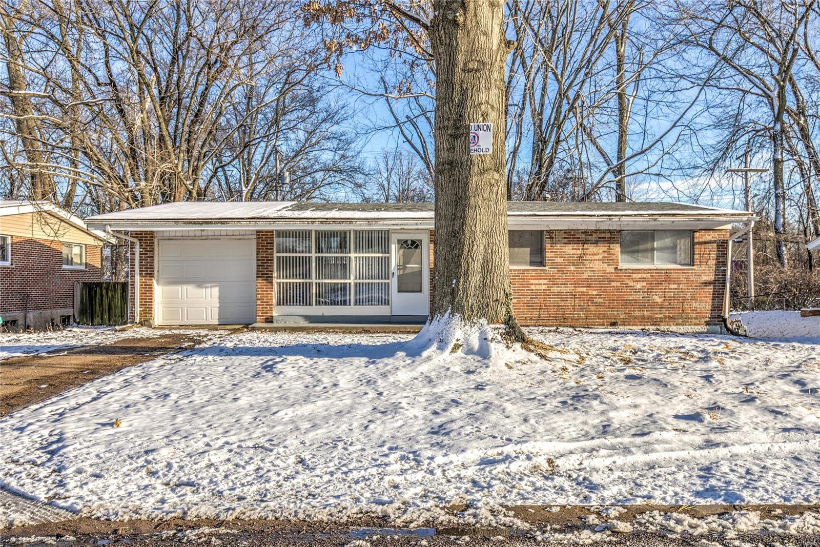 2276 Hudson Road Property Photo - St Louis, MO real estate listing