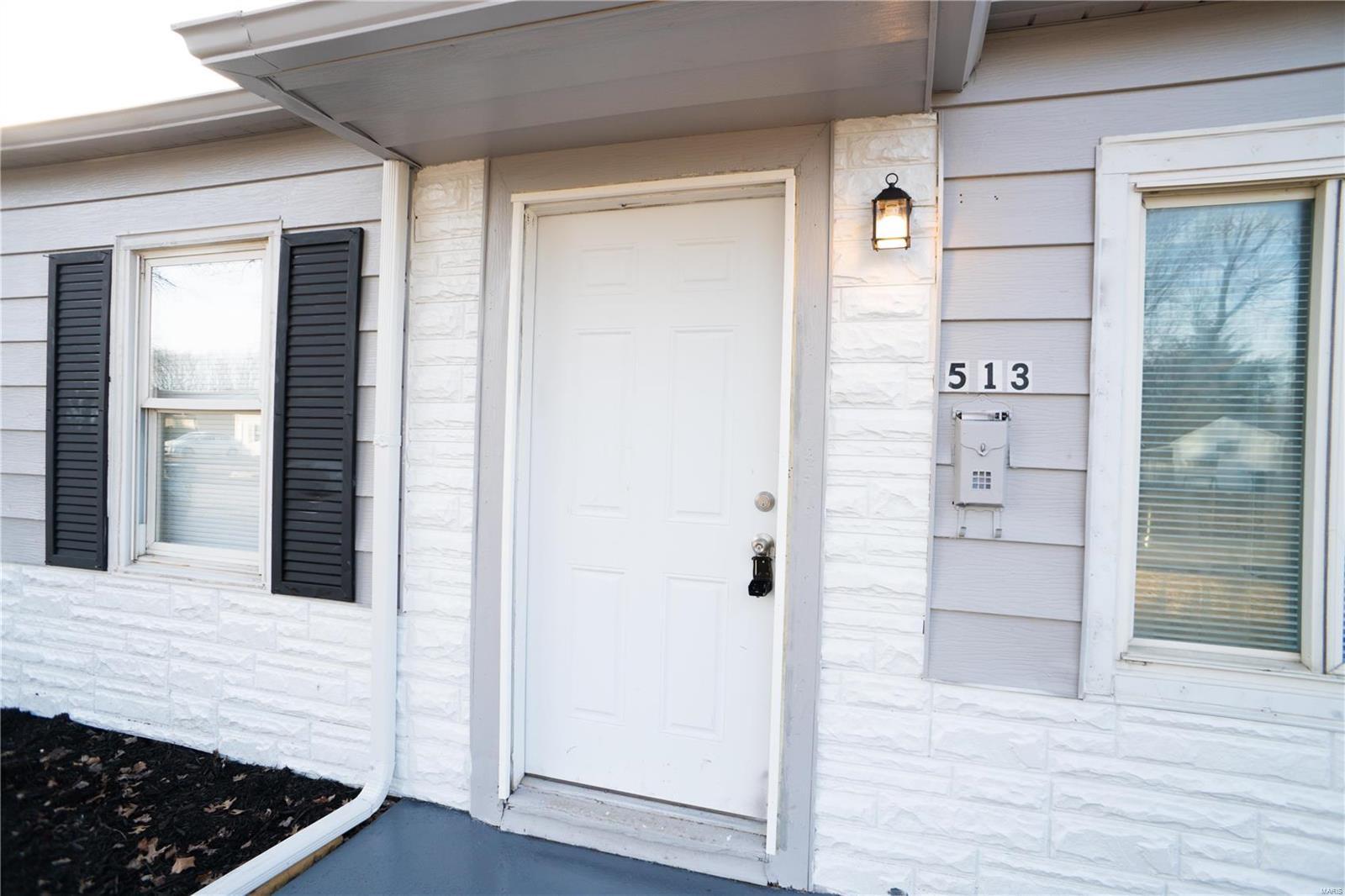 513 Saint Barbara Property Photo - Cahokia, IL real estate listing