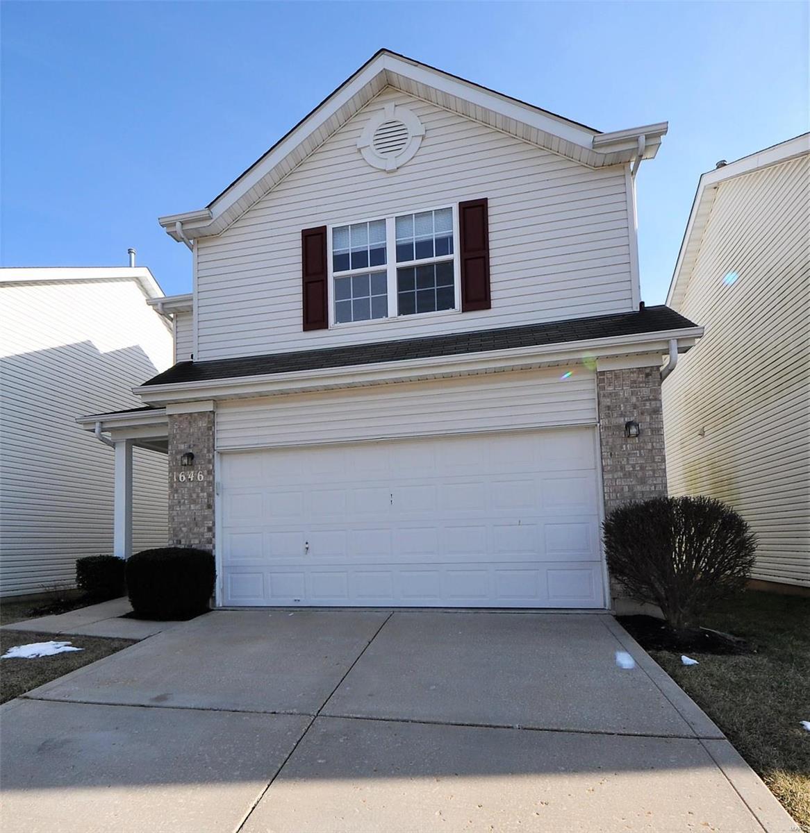 1646 Hurstborough Manor Drive Property Photo - Hazelwood, MO real estate listing