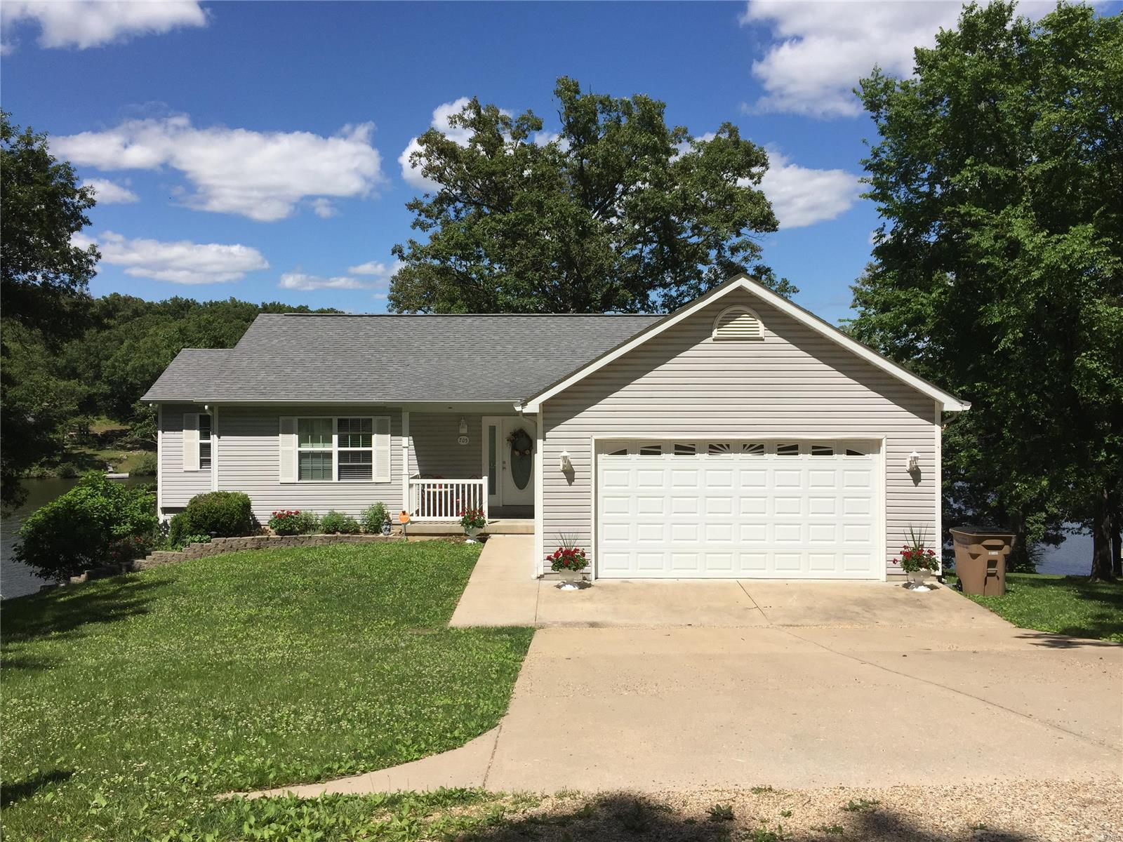 705 Cliffside Drive Property Photo - St Clair, MO real estate listing