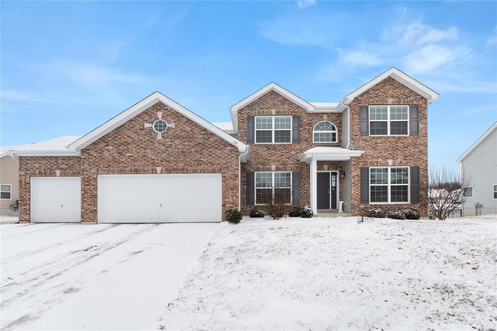 119 Forest Oaks Drive Property Photo - Caseyville, IL real estate listing