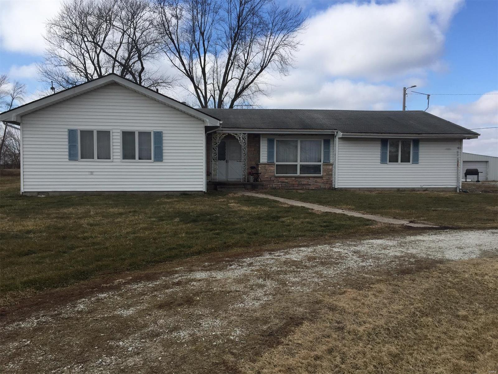 832 S US Hwy 67 Property Photo - Kane, IL real estate listing