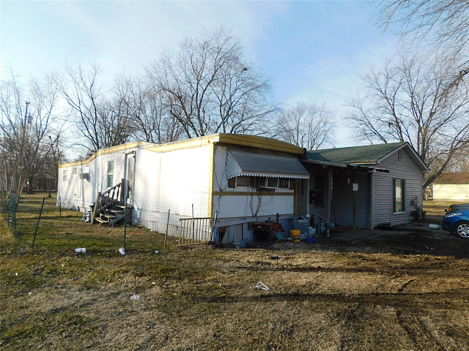506 Yard Street Property Photo - Carlinville, IL real estate listing