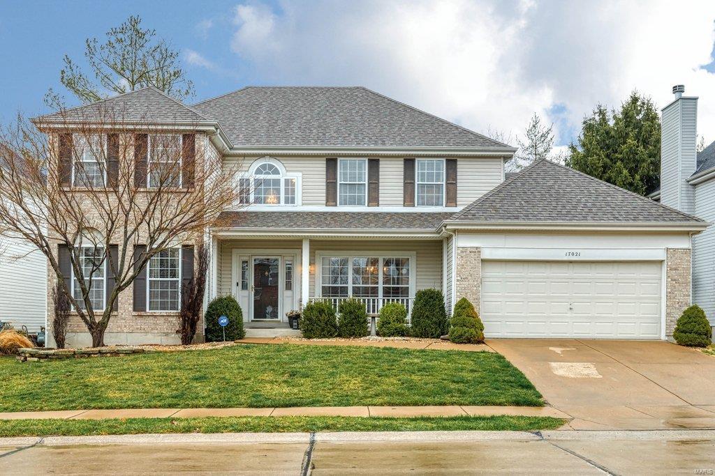 17021 Westridge Oaks Property Photo - Grover, MO real estate listing