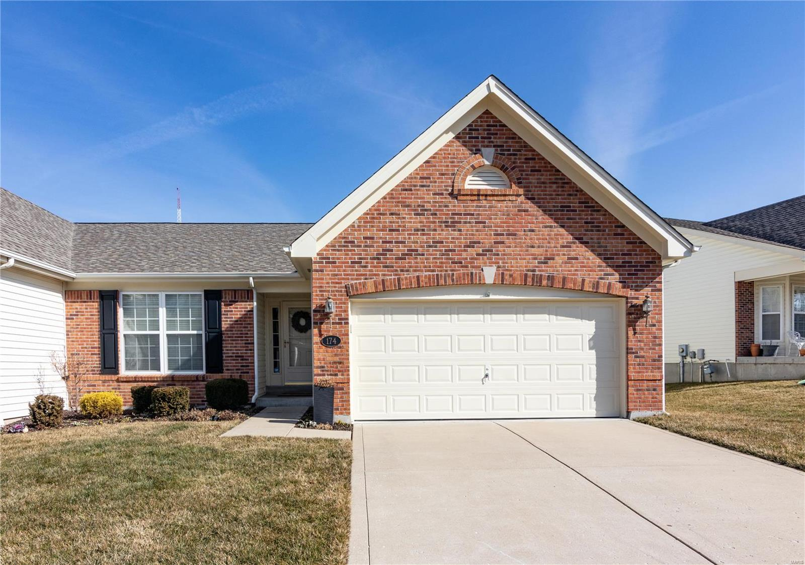174 New Holland Drive Property Photo - Chesterfield, MO real estate listing