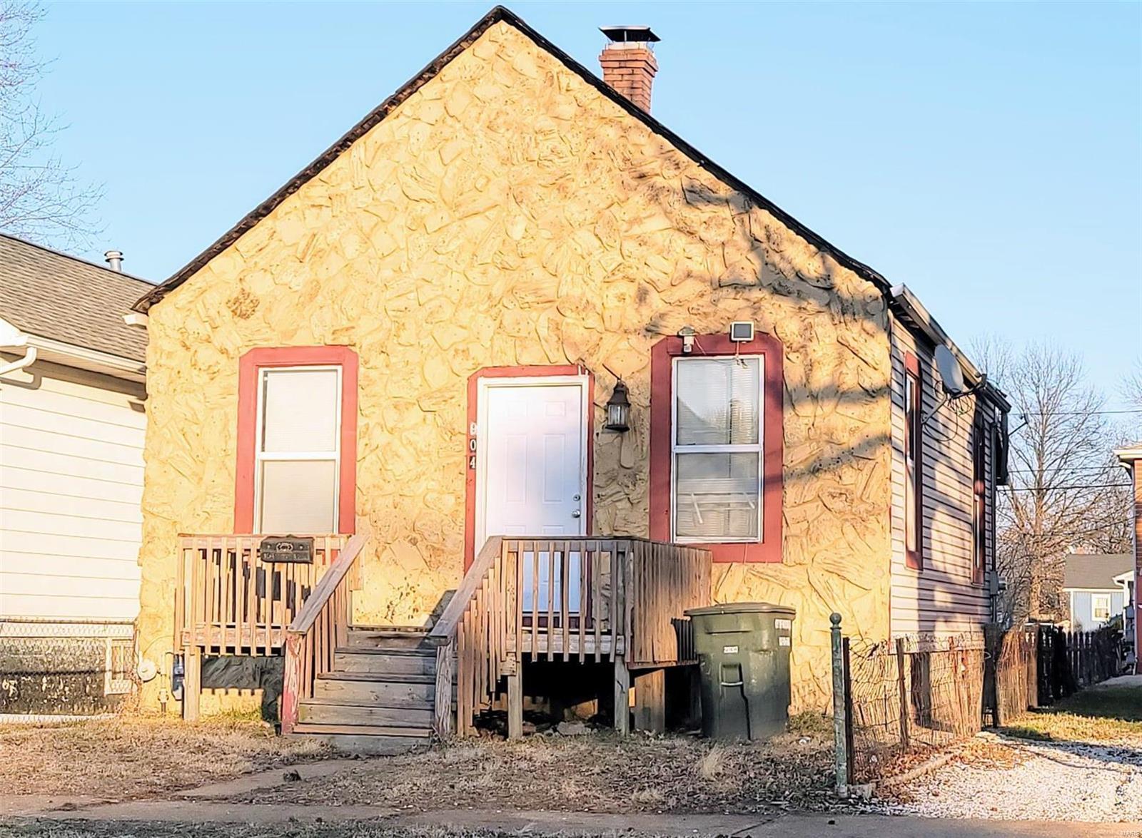 904 Alton Avenue Property Photo - Madison, IL real estate listing