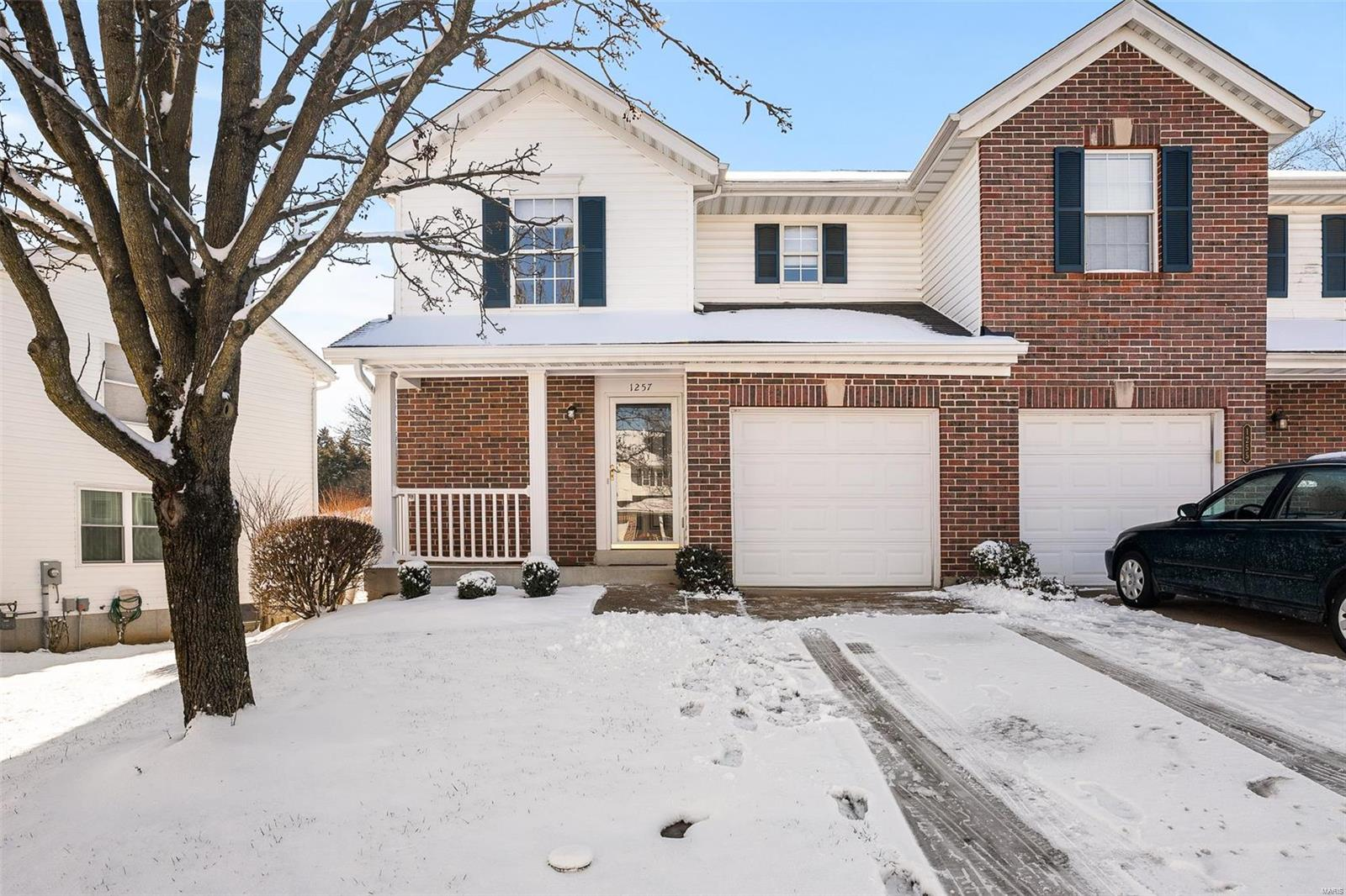 1257 Big Bend Crossing Drive Property Photo - Manchester, MO real estate listing