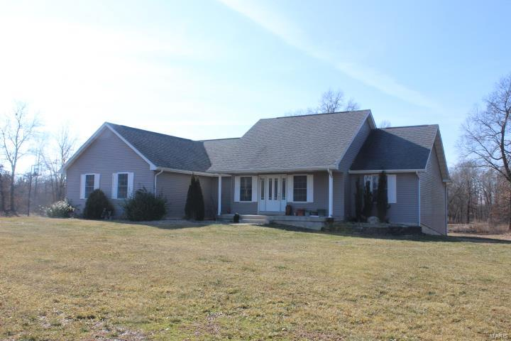 21833 Pike 301 Property Photo - Bowling Green, MO real estate listing