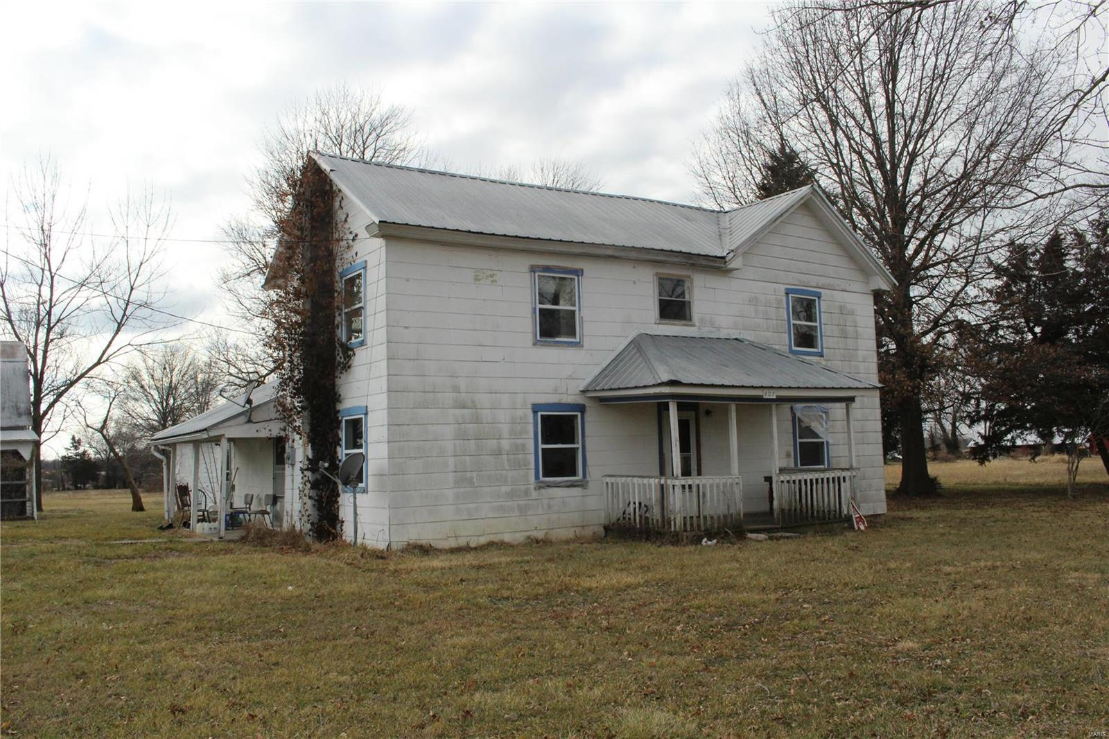 407 N Main Street Property Photo - New Florence, MO real estate listing