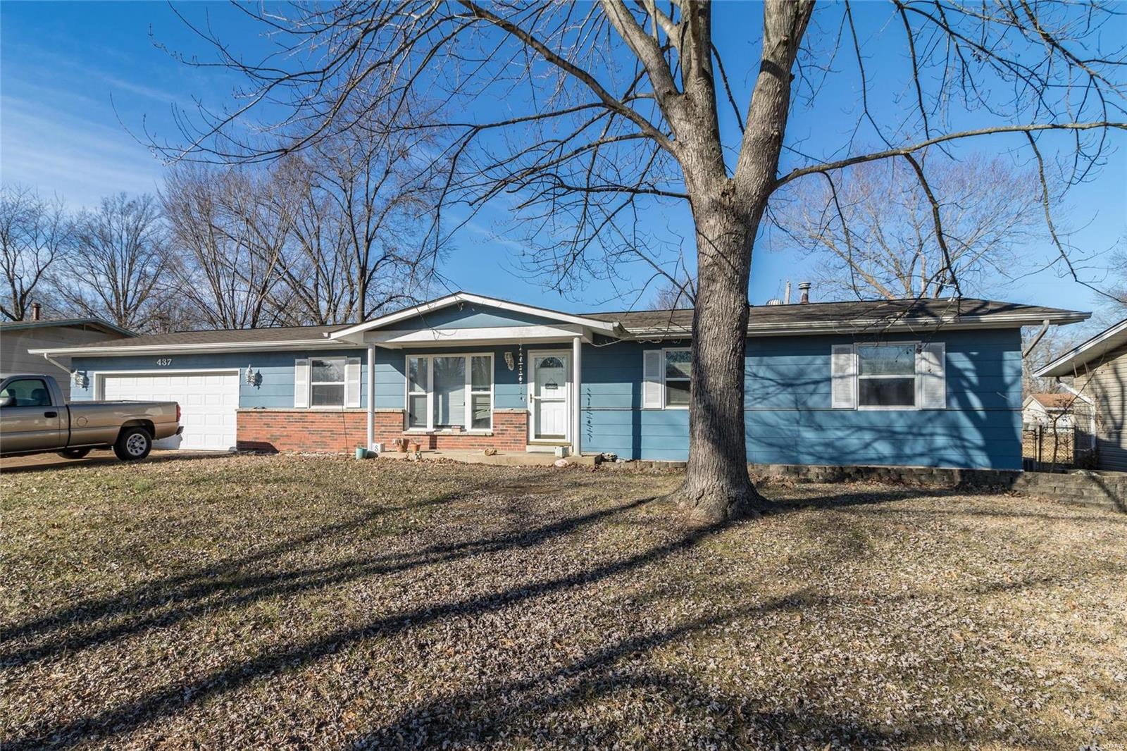 437 Constellation Drive Property Photo - Arnold, MO real estate listing
