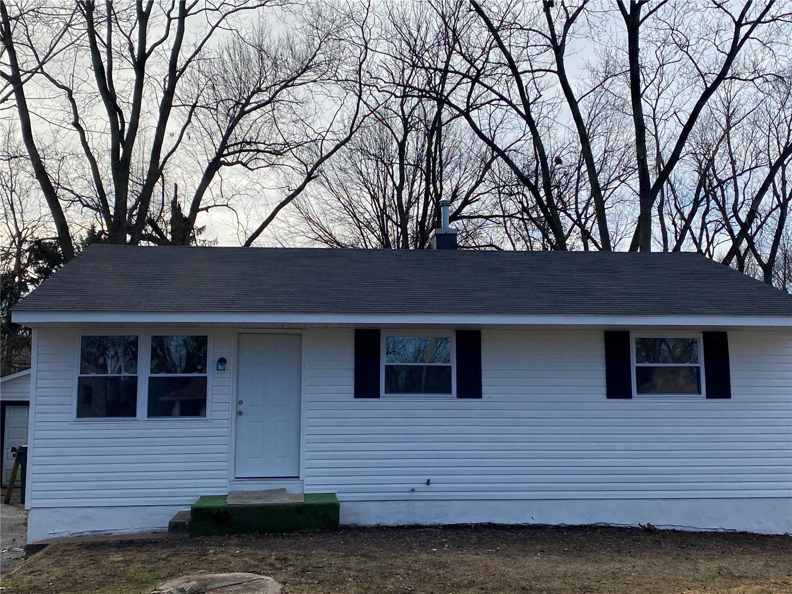 184 Brigadoon Property Photo - St Louis, MO real estate listing