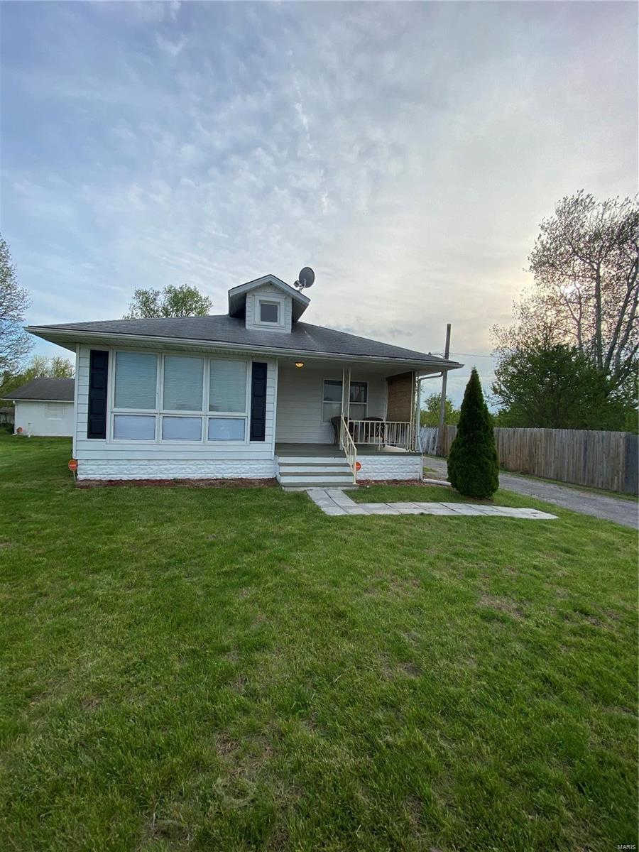 6308 SAINT CLAIR Avenue Property Photo - East St Louis, IL real estate listing