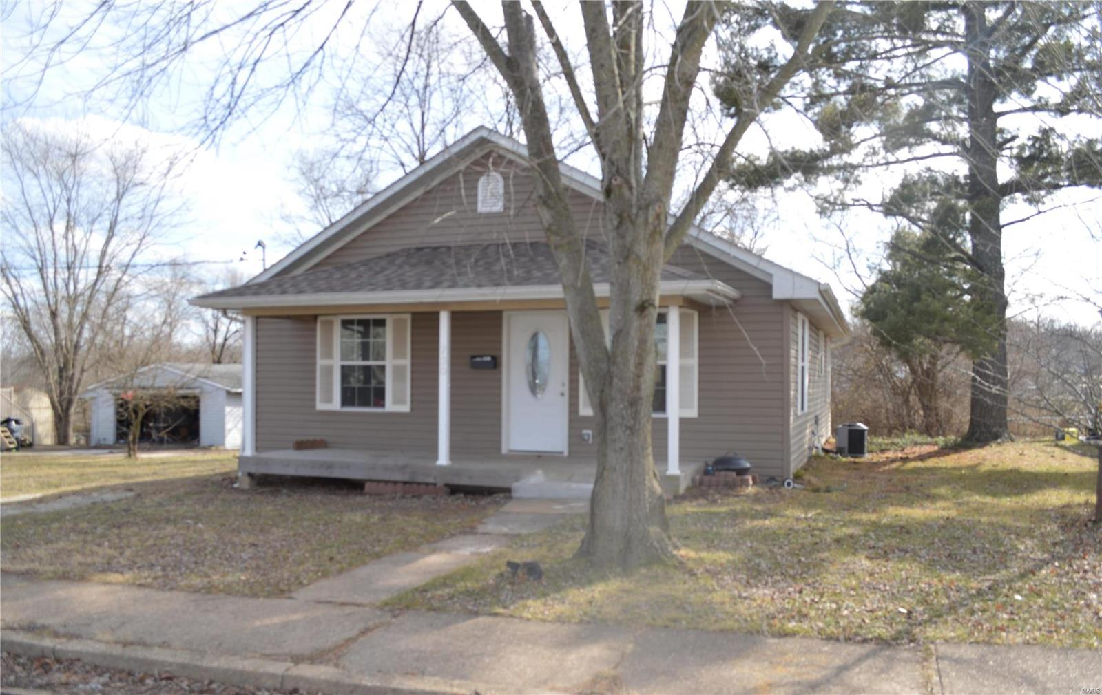 730 Ridge Avenue Property Photo