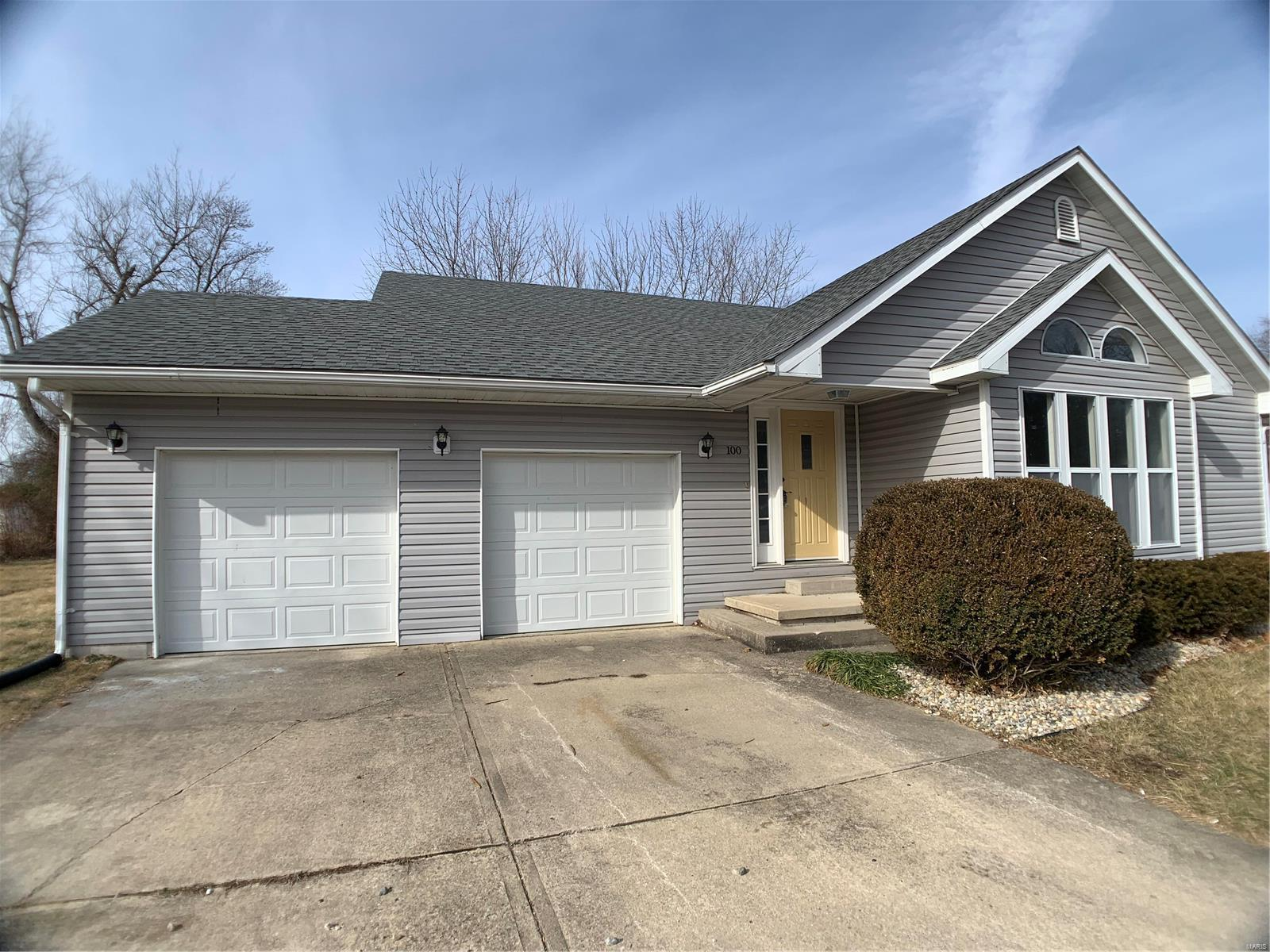 100 School Street Property Photo - Brighton, IL real estate listing