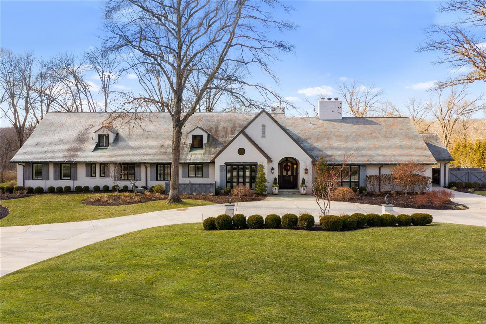 40 Overhills Drive Property Photo - St Louis, MO real estate listing