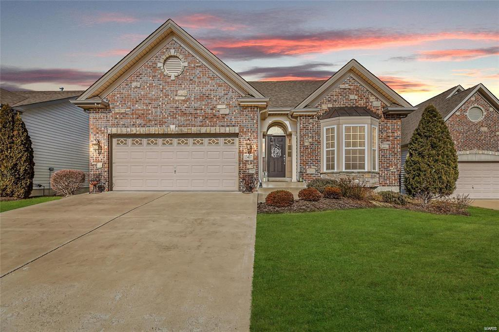 13407 Terra Vista Drive Property Photo - Chesterfield, MO real estate listing