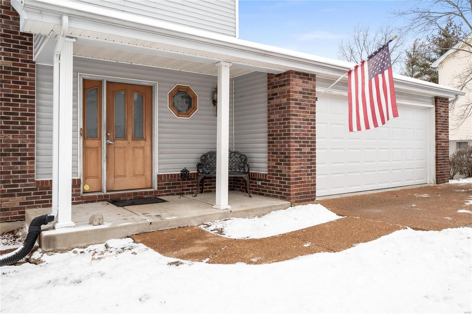 5445 Greenton Way Property Photo - St Louis, MO real estate listing
