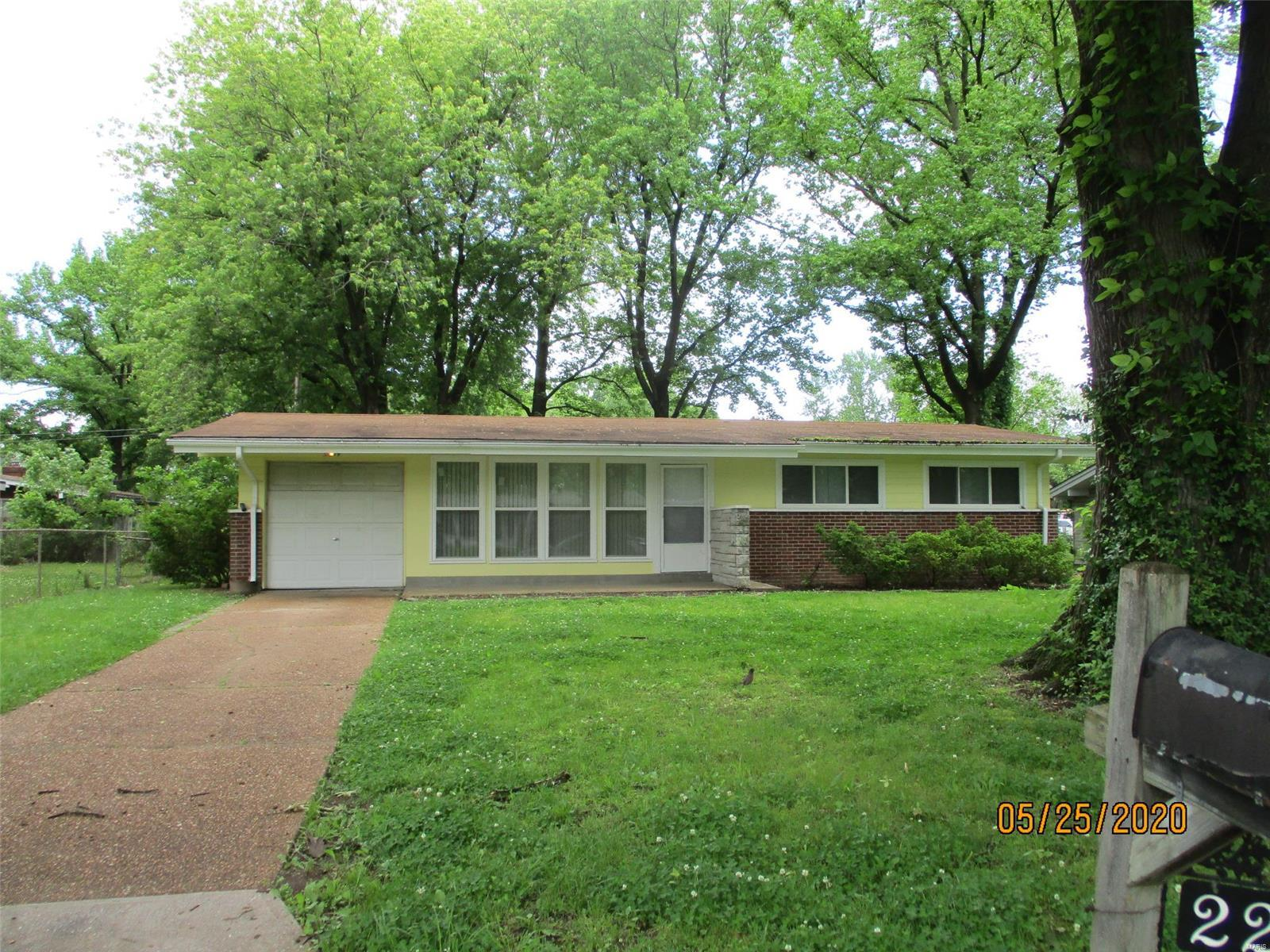 2209 Ibis Court Property Photo - St Louis, MO real estate listing