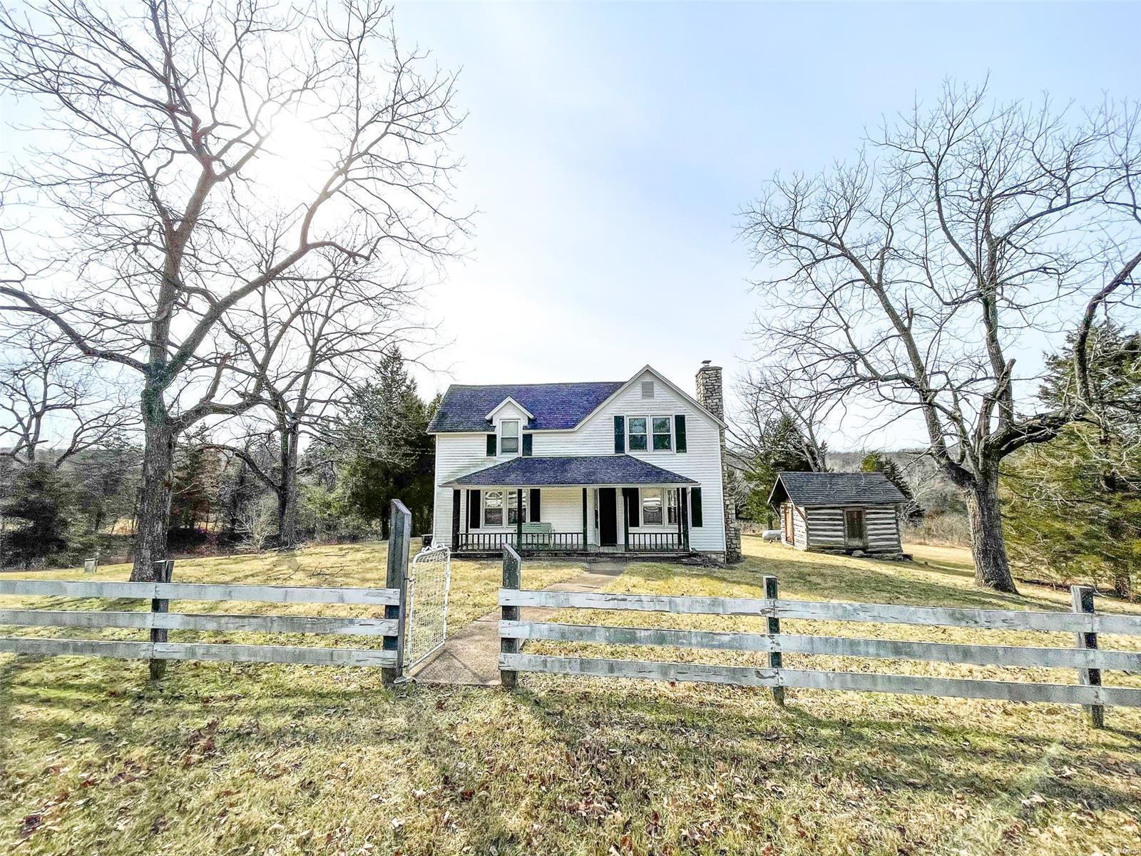 5892 Webb Property Photo - Hillsboro, MO real estate listing