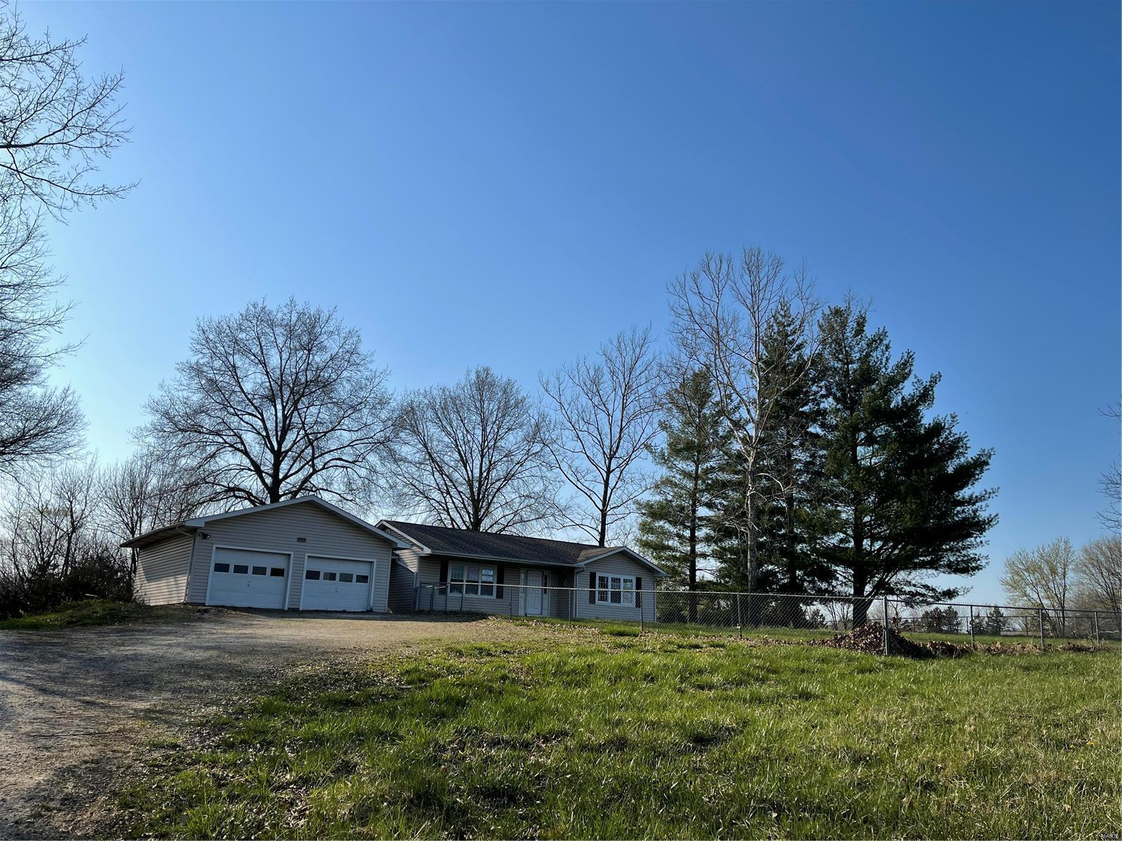 3815 Sunny Road Property Photo - Washington, MO real estate listing