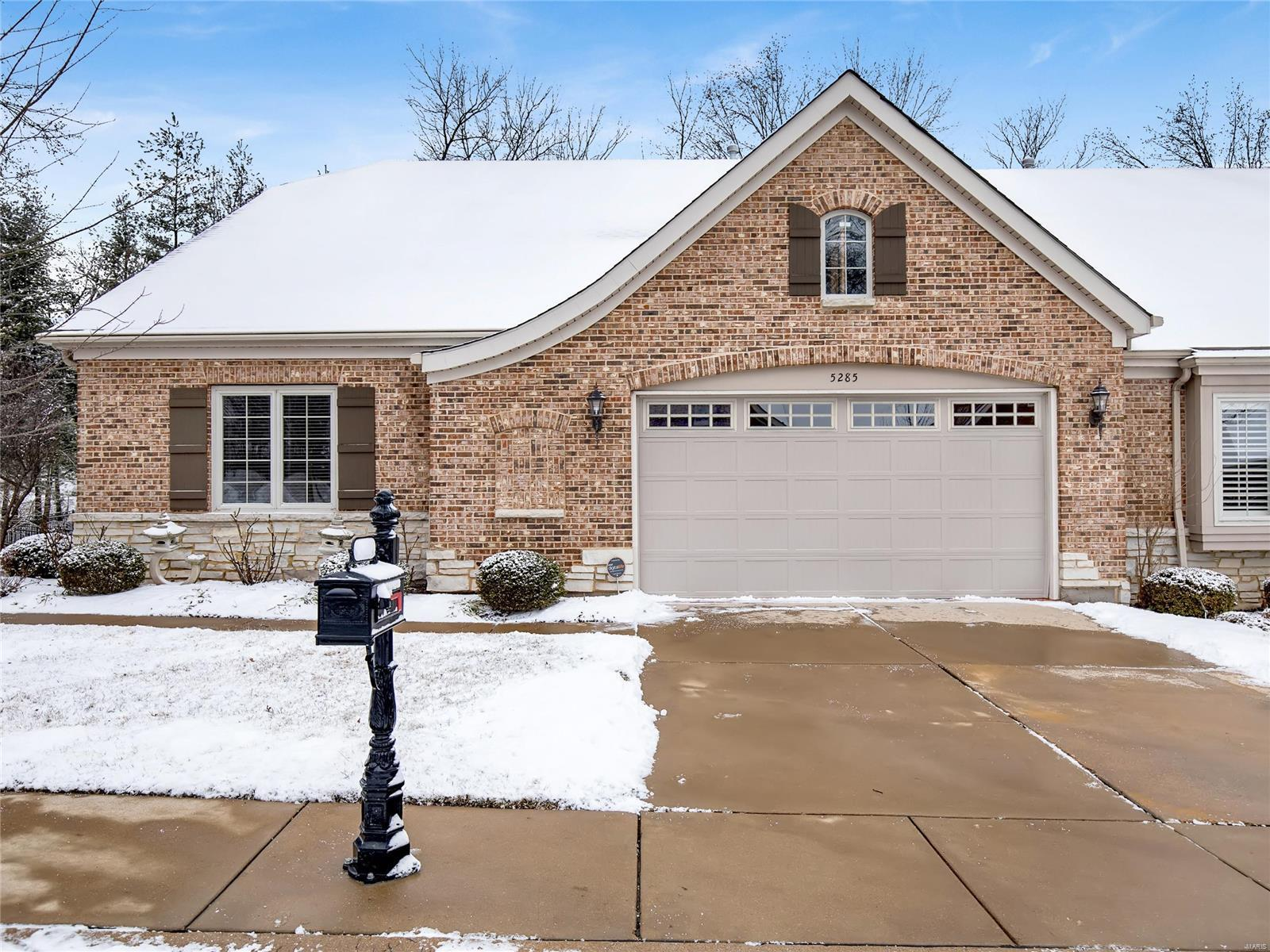 5285 Tuscan Chase Property Photo - St Louis, MO real estate listing