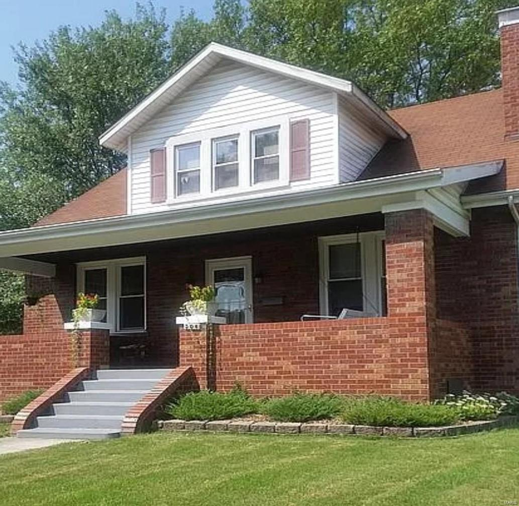 308 S Johnson Property Photo - New Athens, IL real estate listing