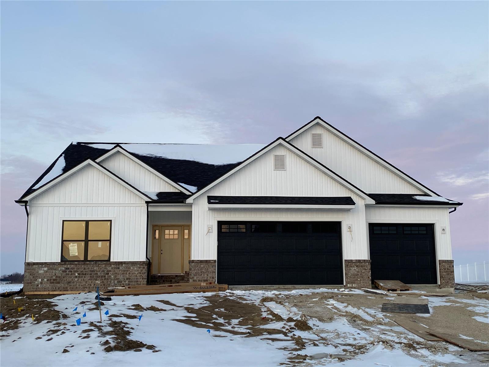 3147 Biloxi Drive Property Photo - Glen Carbon, IL real estate listing