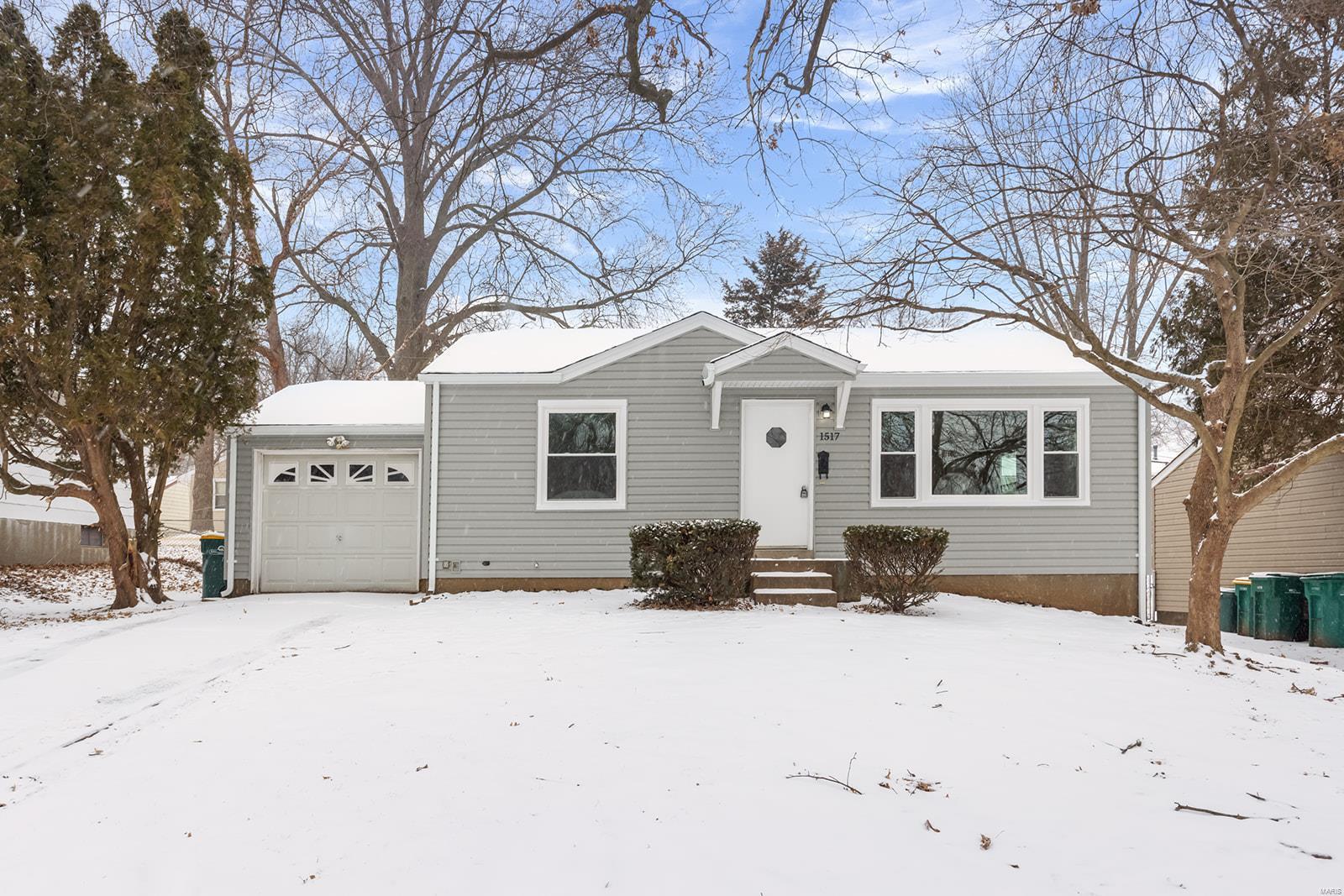 1517 Fathom Drive Property Photo - St Louis, MO real estate listing