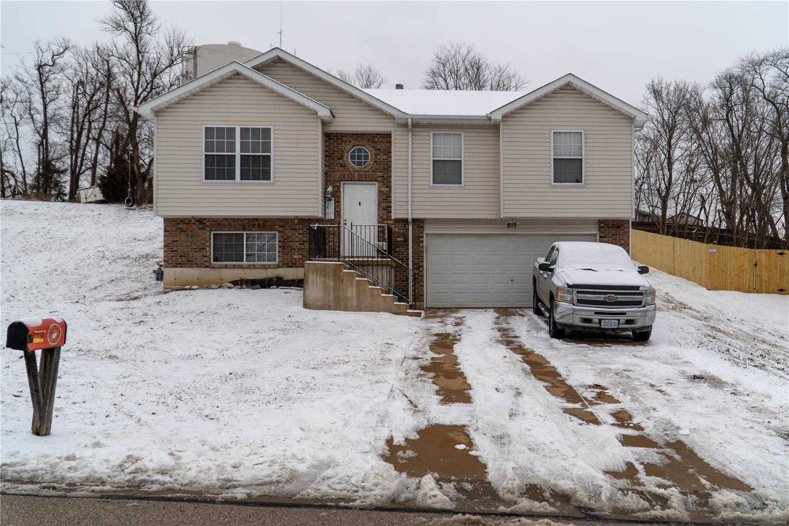 Hardwood Hills Real Estate Listings Main Image