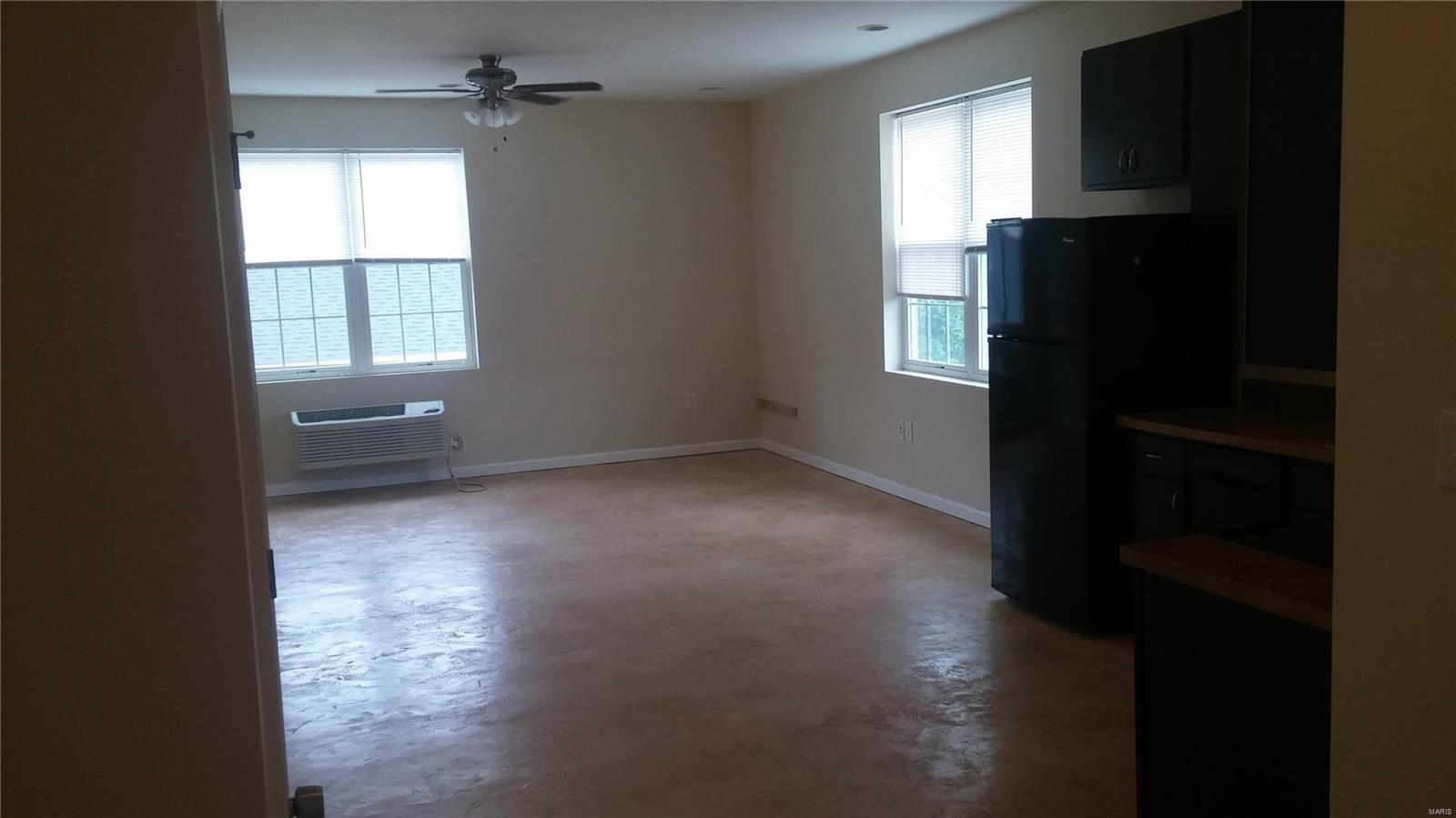 419 S FLORISSANT Road Property Photo - Ferguson, MO real estate listing