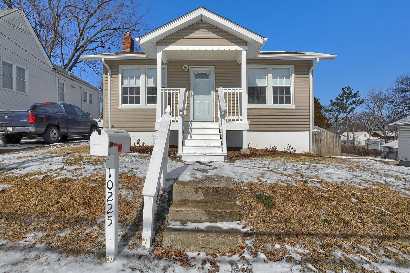 10225 Driver Avenue Property Photo - Overland, MO real estate listing