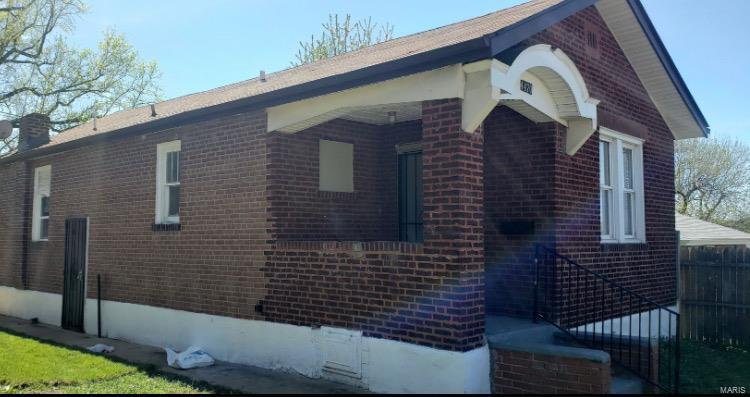 4470 Bessie Avenue Property Photo - St Louis, MO real estate listing