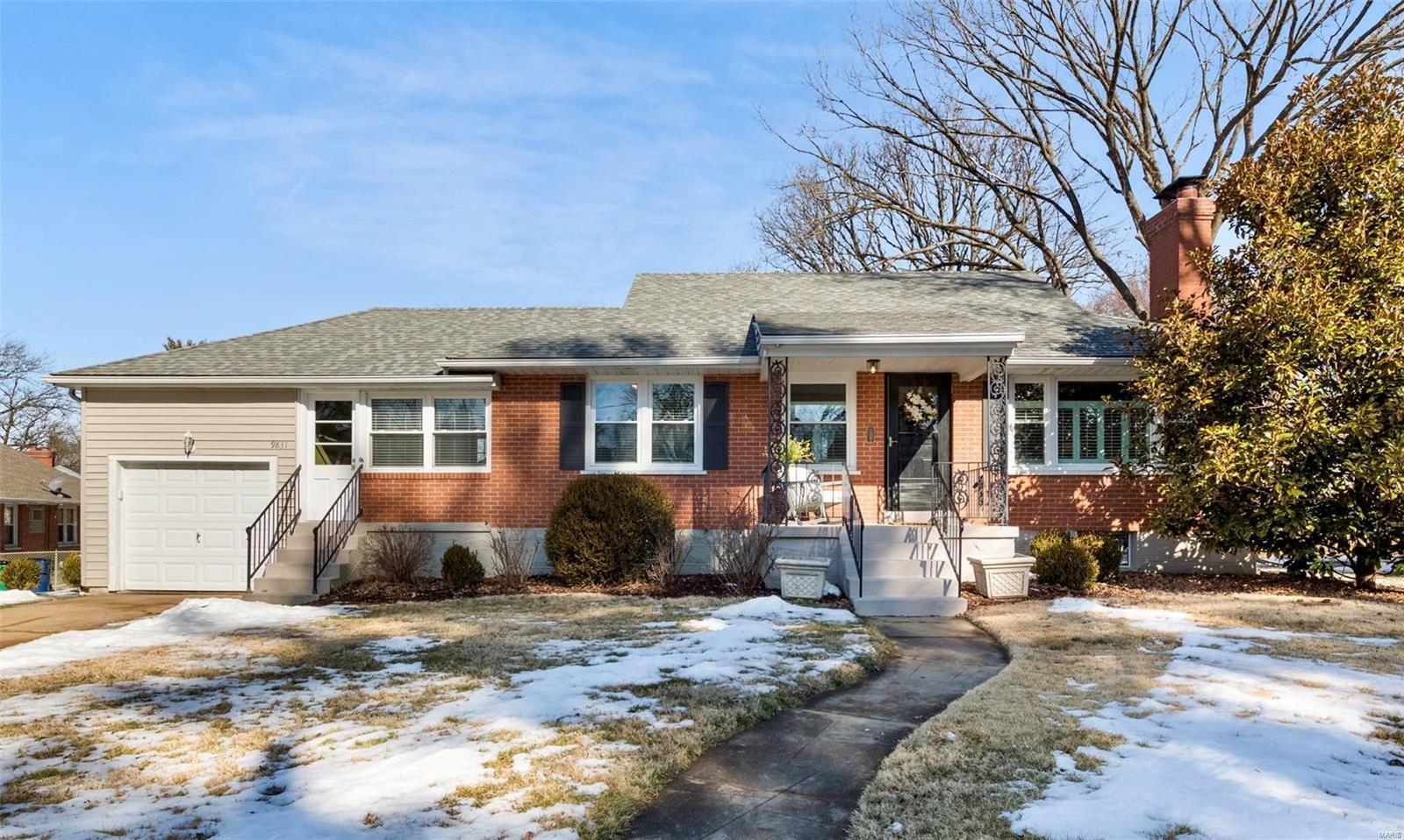 9831 Honeycut Lane Property Photo - Rock Hill, MO real estate listing