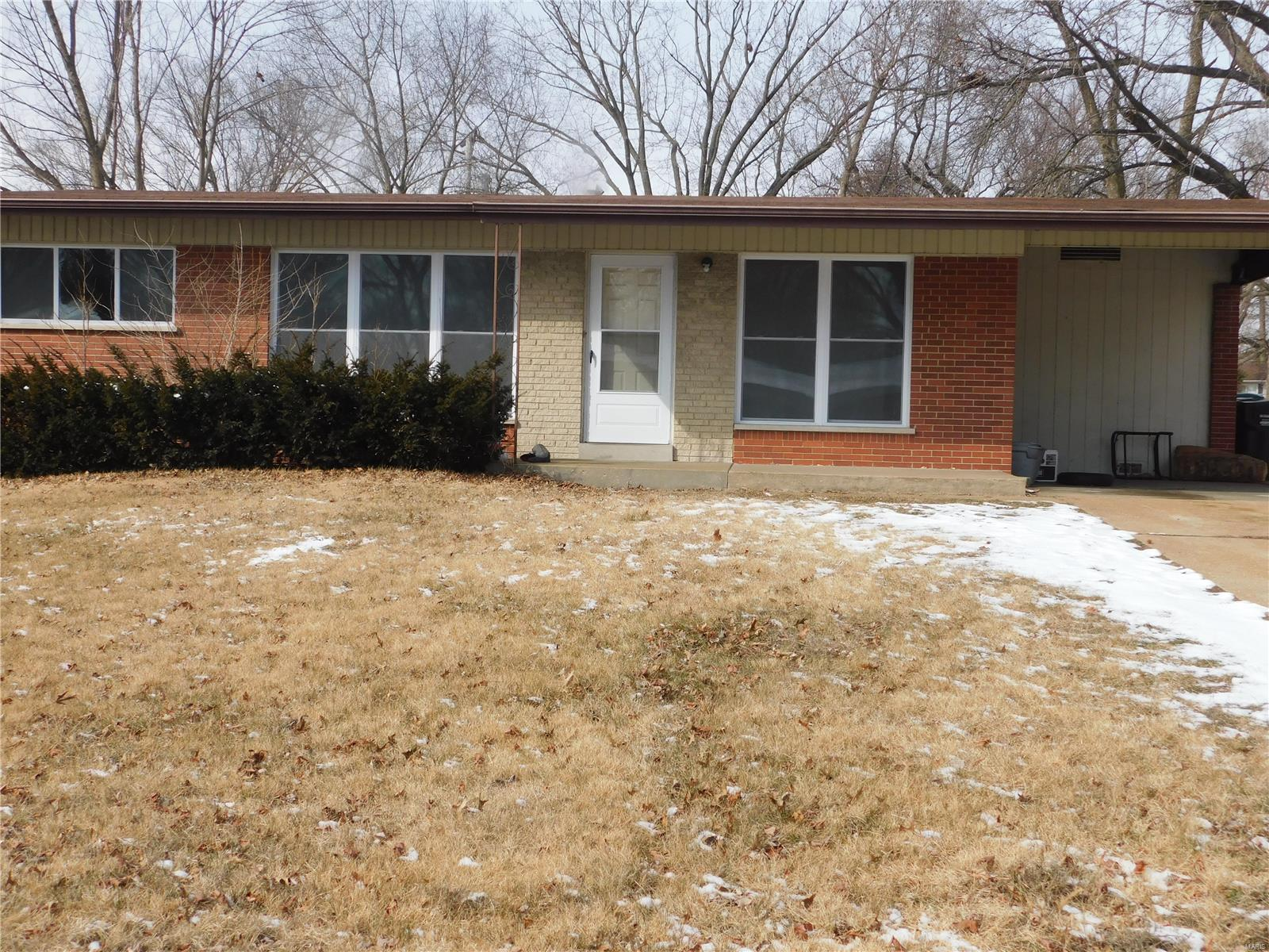 1815 Dunnideer Property Photo - Unincorporated, MO real estate listing