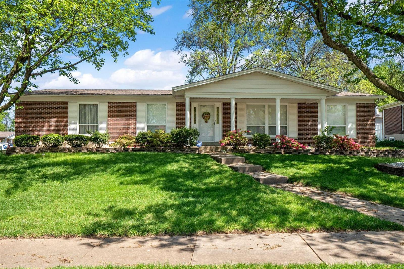 3670 Harmann Estates Drive Property Photo - Bridgeton, MO real estate listing