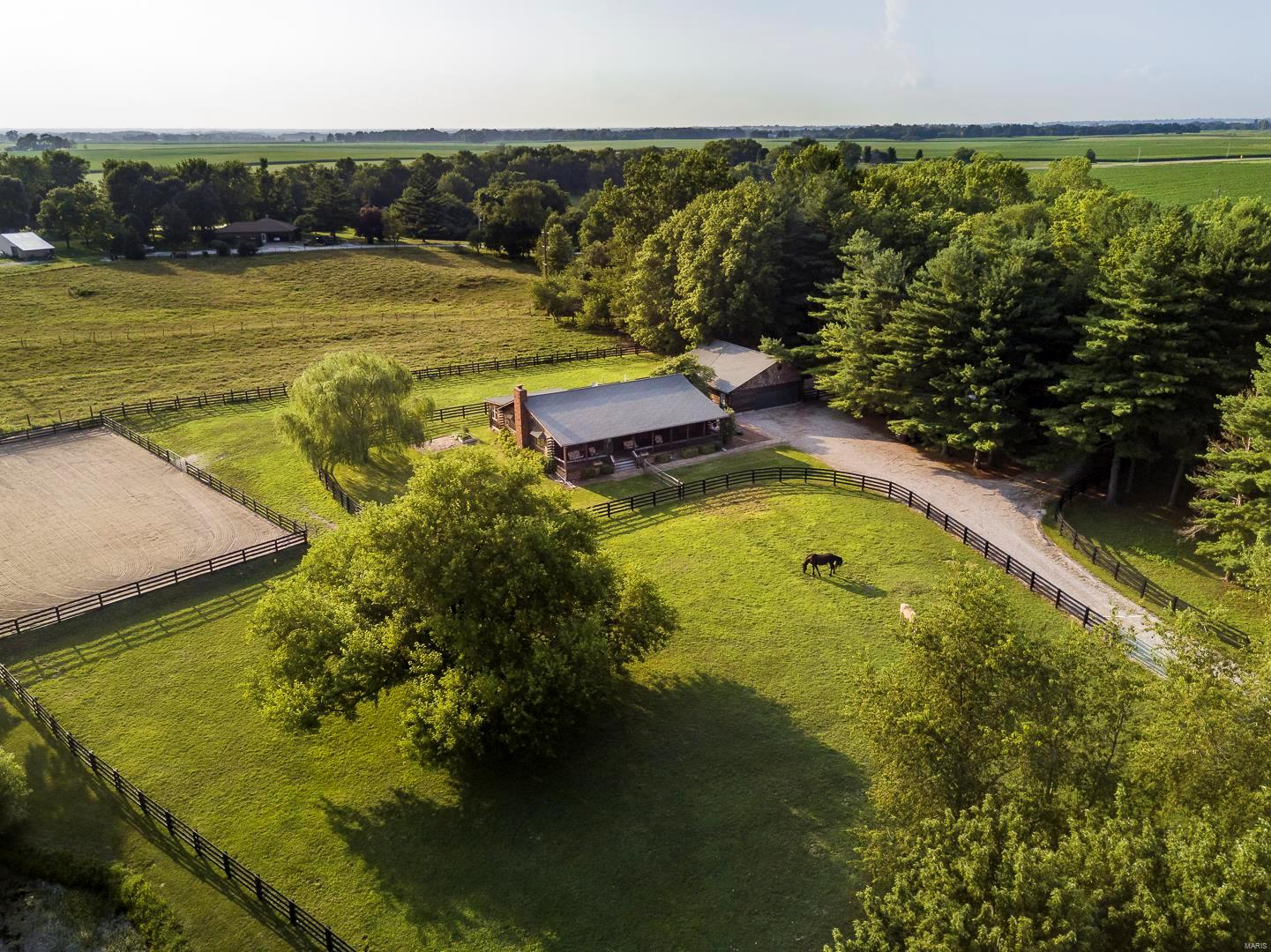 17407 State Highway 109 Property Photo - Dow, IL real estate listing