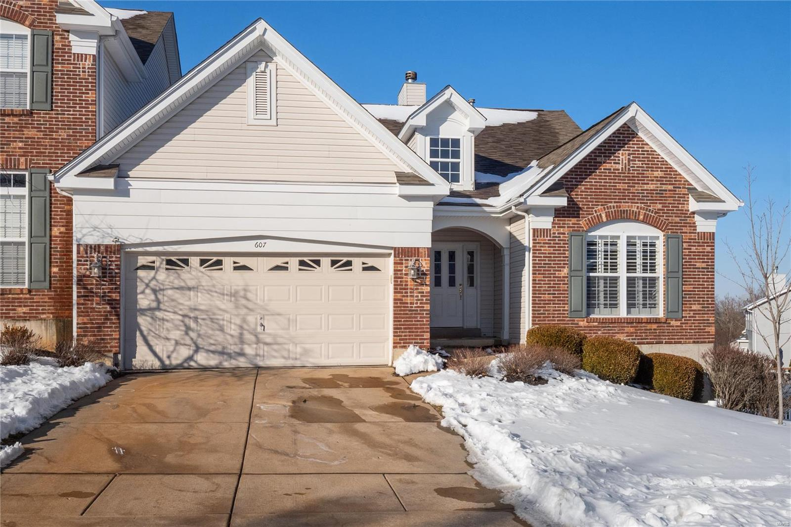 607 Bluffs View Property Photo - Eureka, MO real estate listing