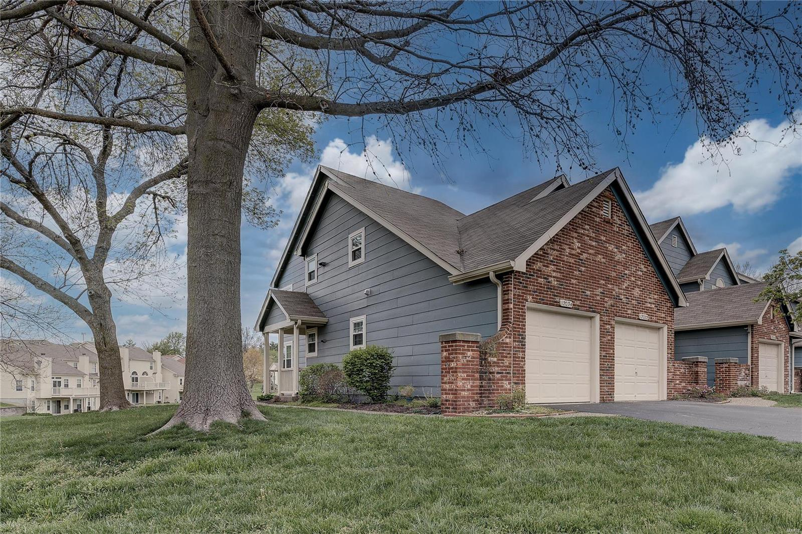 Autumn Lakes Real Estate Listings Main Image