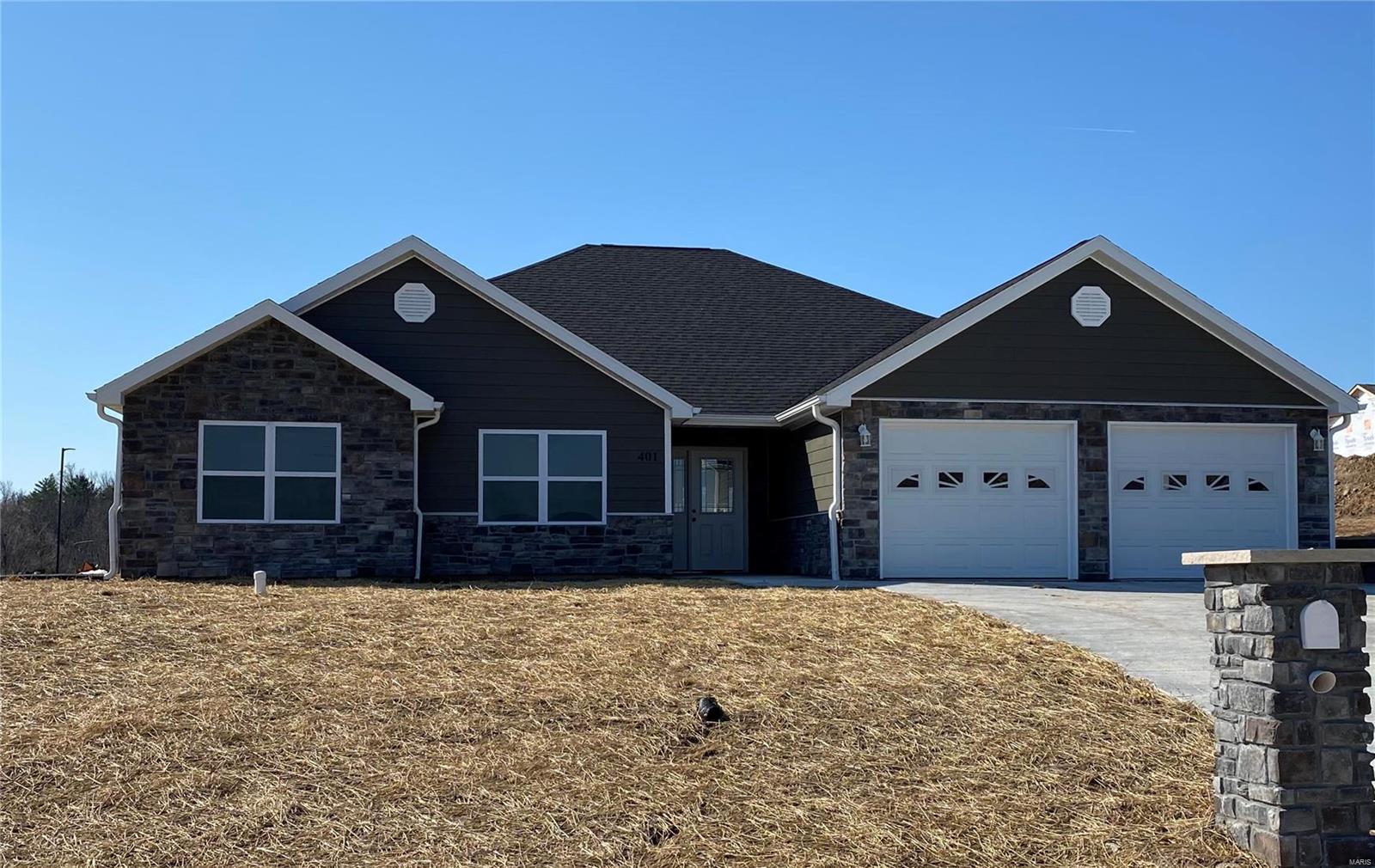 401 Cortland Drive Property Photo - Hannibal, MO real estate listing