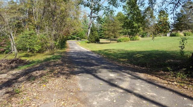 65 Indian Drive Property Photo - Sullivan, MO real estate listing