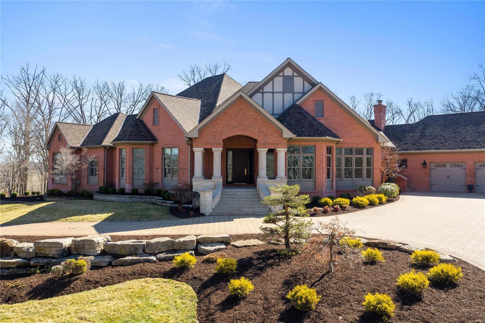2727 Saint Albans East Drive Property Photo - Wildwood, MO real estate listing