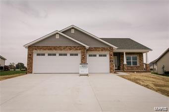 1012 Oak Creek Ln Property Photo - Waterloo, IL real estate listing