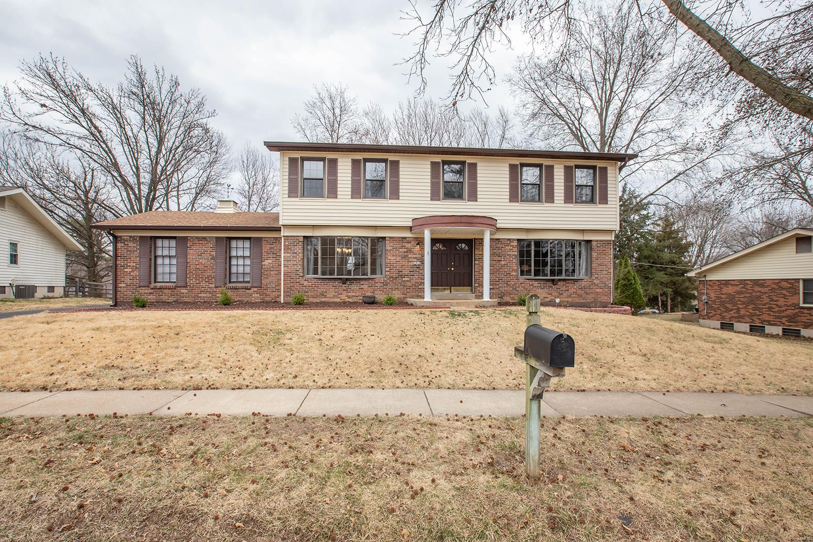1912 Seven Pines Drive Property Photo - St Louis, MO real estate listing