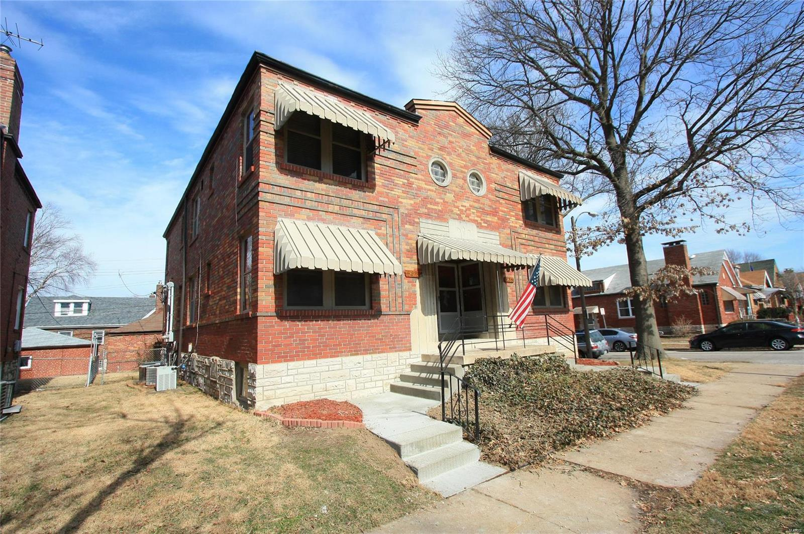 5471 Loughborough Avenue Property Photo