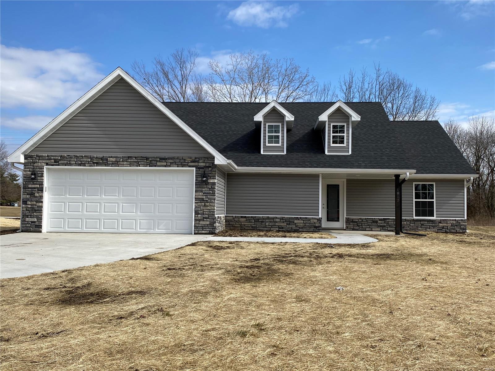 1812 S Morley Property Photo - Moberly, MO real estate listing